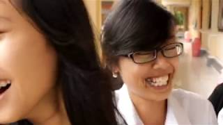 Juara 1 Lomba Film Pendek KISARA 2012 - Bunting