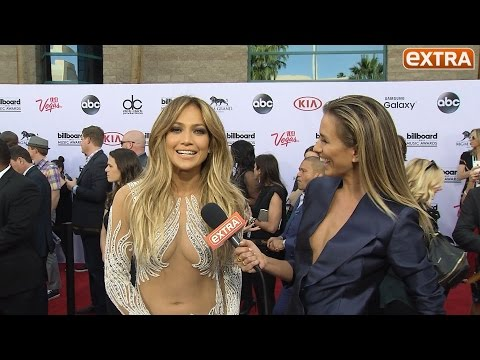 Billboard Music Awards! J.Lo, Iggy, Zendaya, and Ed Sheeran on the Red Carpet