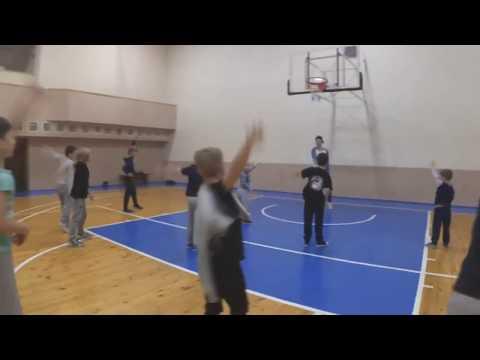 Брейк-данс | Детская группа | Школа танцев NUTS