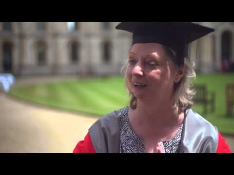 Hilary Mantel accepts honorary degree from Oxford
