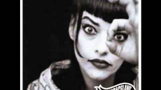 Watch Nina Hagen Leave Me Alone video
