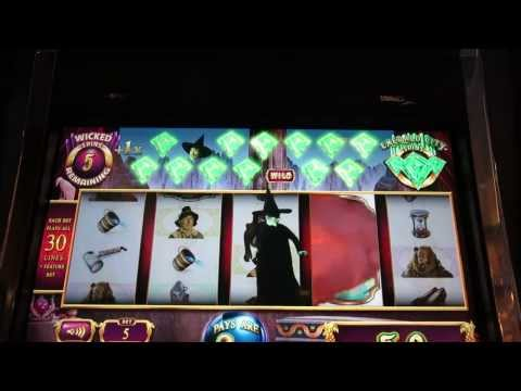 Wicked Witch of the West Slot Machine Bonus - good win-with Boots at Cosmopolitan