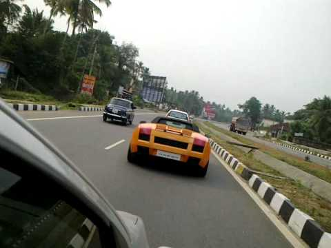 Lamborghini chased by i20 at chalakkudi HD