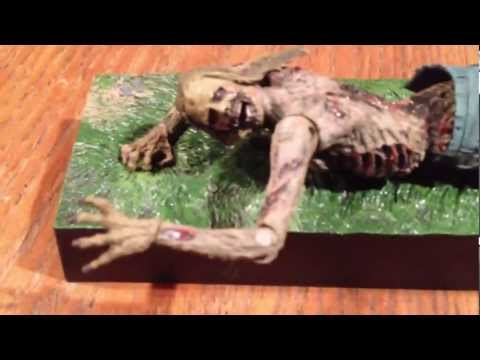The walking dead series 2 Mcfarlane bicycle girl zombie fig
