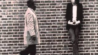 Watch Nick Drake Summertime video