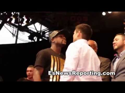 mayweather vs maidana chino and floyd push eachother on stage EsNews