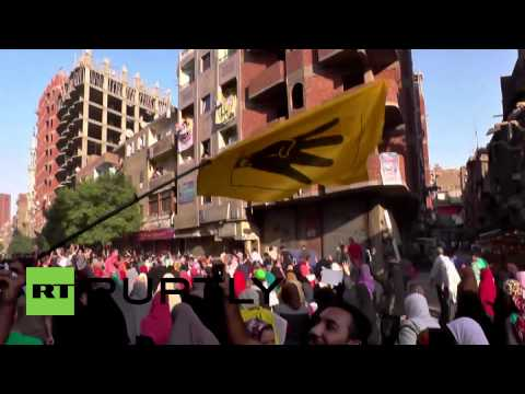 Egypt: See hundreds hold up 'Four Fingers' at pro-Morsi rally