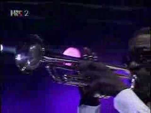 Kool & The Gang - Jungle Boogie (Live 2007) Video