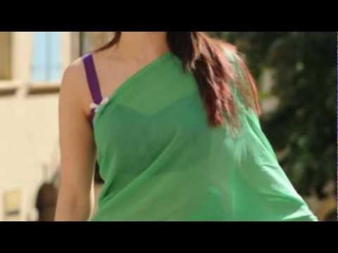 Tamanna Hot Exposing In Green Saree video