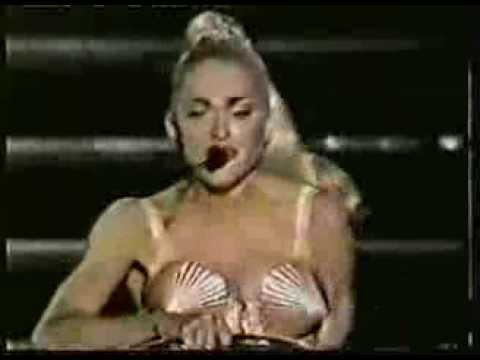 MADONNA BLOND AMBITION WORLD TOUR TOKYO,JAPAN NEWS REPORT