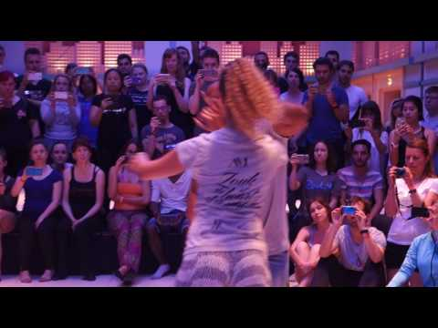 PBZC2017 workshop demo with Fernanda and Carlos ~ video by Zouk Soul