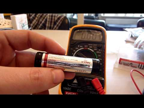 Multimeter XL830  Testing Batteries 18650 / 18700 XTAR Ultrafire
