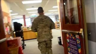 Soldier on Leave  Surprises his 6 Children !!!!