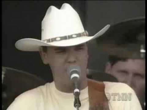 Kenny Chesney - Back In My Arms Again