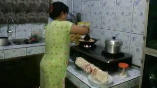 Inik adiku lagi masak
