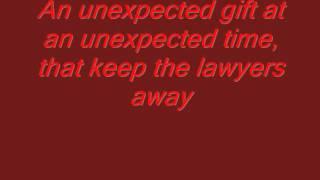 Watch Brad Paisley Love Her Like She