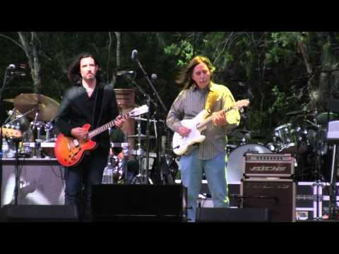 Gregg Allman w/ Jack Pearson (Wanee 2016) - One Way Out