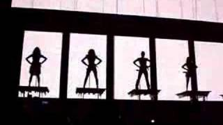 Spice Girls - Intro + Spice up your life Live 02 12/1/08