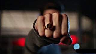 The Flash 5×01 Nora gifts Barry Flash ring  Barry teaches Nora to Phase