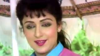 Dharmendra, Hema Malini, Jaan Hatheli Pe - Romantic Scene 2/21