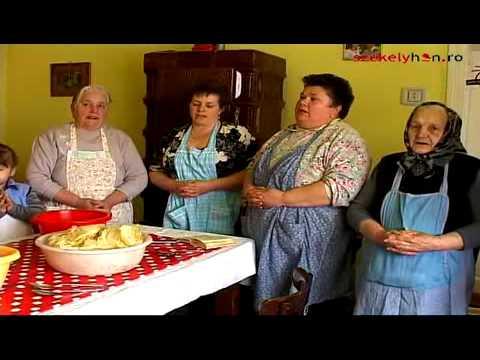 Böjti töltött káposzta készítése Csíkmadarason - videó