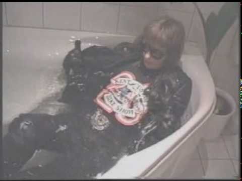 wet leather9.mpeg