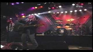 Watch Melissa Etheridge Aint It Heavy video