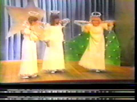 Carpenters - Angel In The Christmas Play