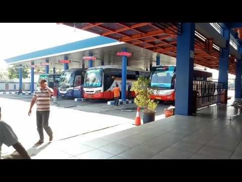 Aktifitas Bus Harapan Jaya di Terminal GAYATRI Tulungagung