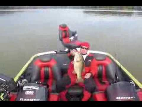 Guntersville Lake Largemouth bass on Spro Little John crankbait