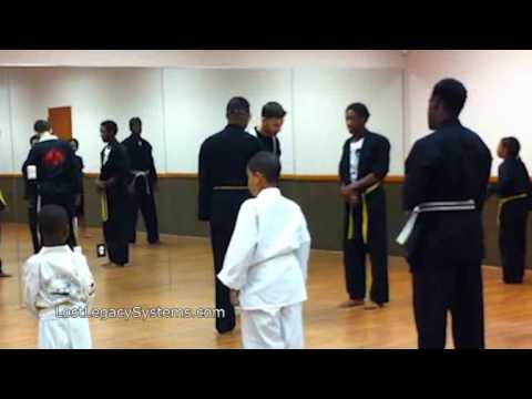 Kickboxing Drills, punch delivery, side stepping, clinch, head control & more Image 1