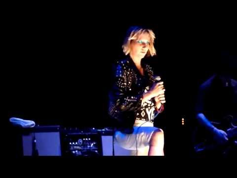 Yeah Yeah Yeahs - Despair (Live in Paris, May 8th, 2013)