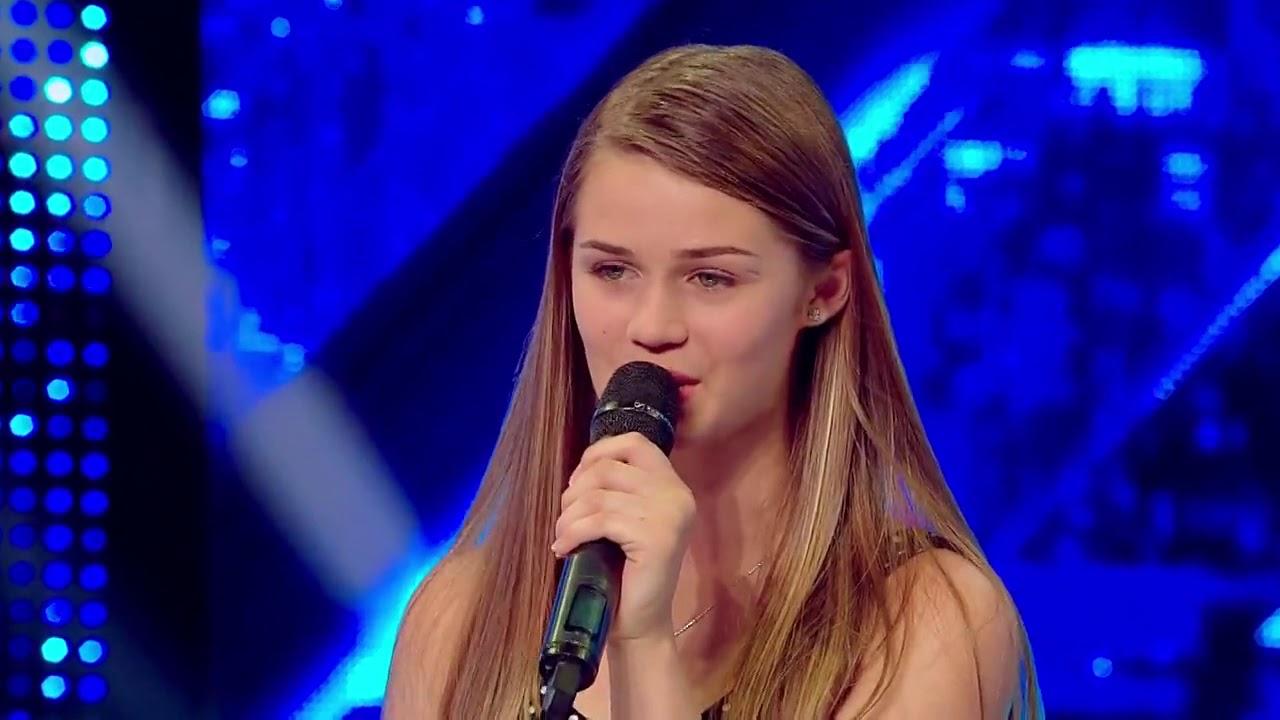 """Prezentare. Ioana Mîrți a primit un """"Da"""" fără să cânte: """"Te rog să cânți bine"""""""