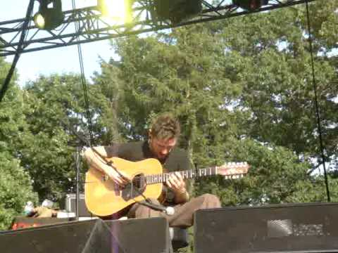 John Butler - Rothbury Festival 2009 - Ocean (First 10 minutes...)