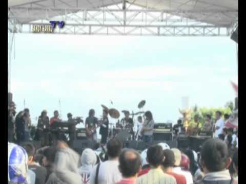 ABDEE SLANK & INTERVIEW BAND live In Donggala