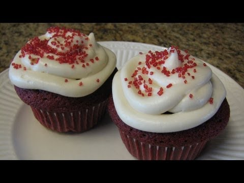 Red Velvet Cupcakes - Lynn's Recipes