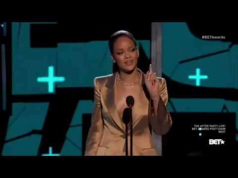 Rihanna -gives a trailer of