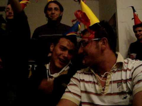 Accadia è 'nu bell' paes'!Canto popolare durante i festeggiamenti per Capodanno 2009!