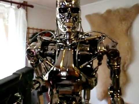 Endoskeleton 1:2 Scale Replica-Hollywood Collectors Gallery 319 of 500 pcs.