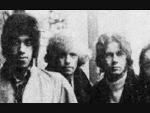 Thin Lizzy - A Song For While Im Away