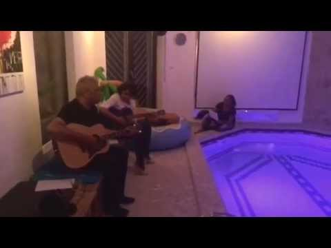 Tenisia singing Tongan song with siblings Falamoe and Muli, Angi e matangi