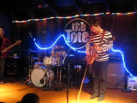Even - The Fool Who Made You Sad (Xmas Even 2010 - The Tote, Melbourne - December 19th 2010)