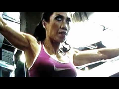 Malaysian Female Bodybuilder Lilian Tan Training