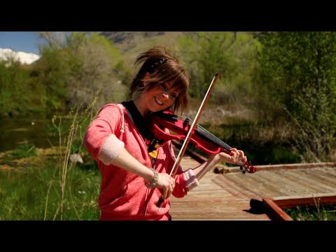 Epic Violin Girl Lindsey Stirling