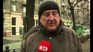 """Днепропетровчанин: """"Я не понимаю, за что и про что идет эта война!"""" :: Всем миром - (видео)"""