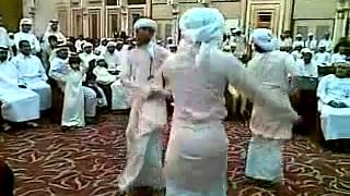 Bangla song with dancing Arabia people. ..