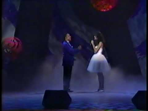Celine Dion & Peabo Bryson - Beauty and The Beast (LIVE! 1992)