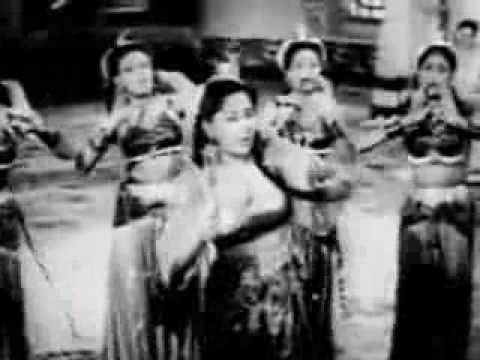 suno-gajar-kya-gayebaazi-1951geeta-duttsahir-s-d-burmana-tribute.html