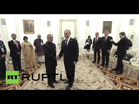 Russia: Indian President Mukherjee congratulates Russia on V-Day anniversary