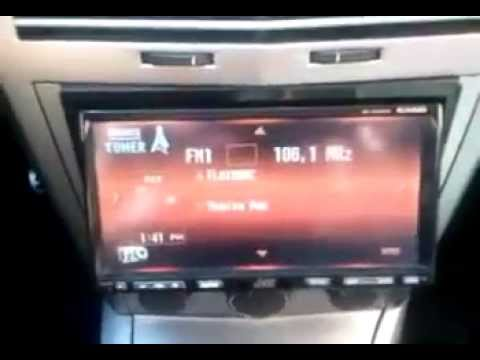 RADIO JVC KW-AVX810 MONTADA EN OPEL ASTRA H GTC